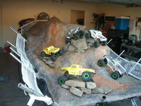 Name:  garage crawling3.jpg Views: 6772 Size:  50.1 KB