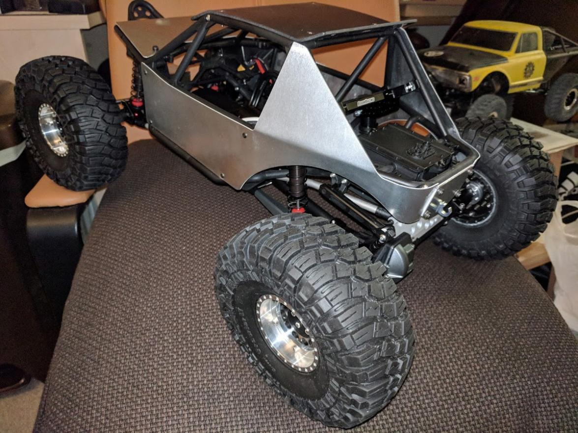 """LOS43012 Losi Maxxis Creepy Crawler LT 2.2/"""" Pre-Mounted Tire /& Wheel"""