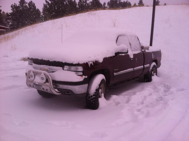Name:  truck in snow.jpg Views: 561 Size:  41.3 KB