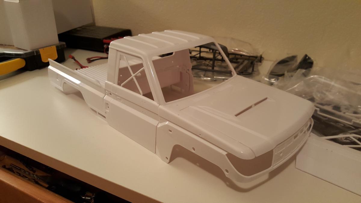 My SCX10 Toyota LC70 build  - RCCrawler